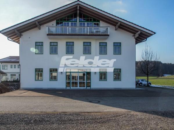 Vielseitig nutzbare Gewerbefläche im Chiemgau